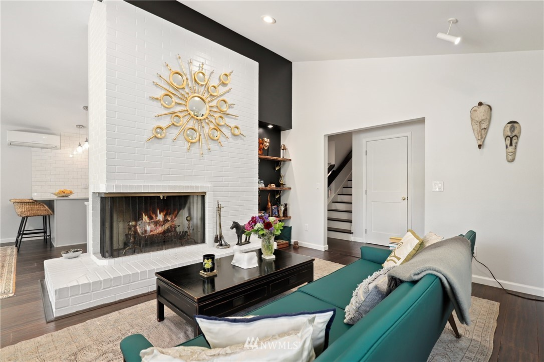 Sold Property | 10420 40th Avenue NE Seattle, WA 98125 4