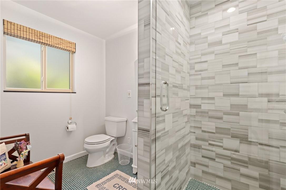 Sold Property | 10420 40th Avenue NE Seattle, WA 98125 20