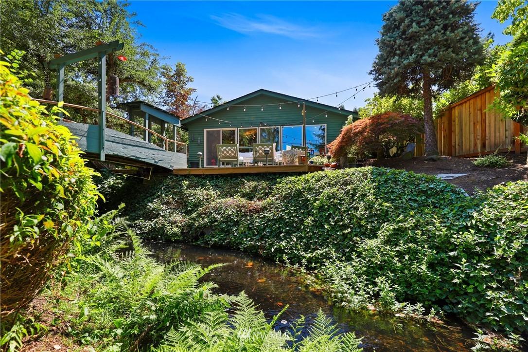Sold Property | 10420 40th Avenue NE Seattle, WA 98125 30