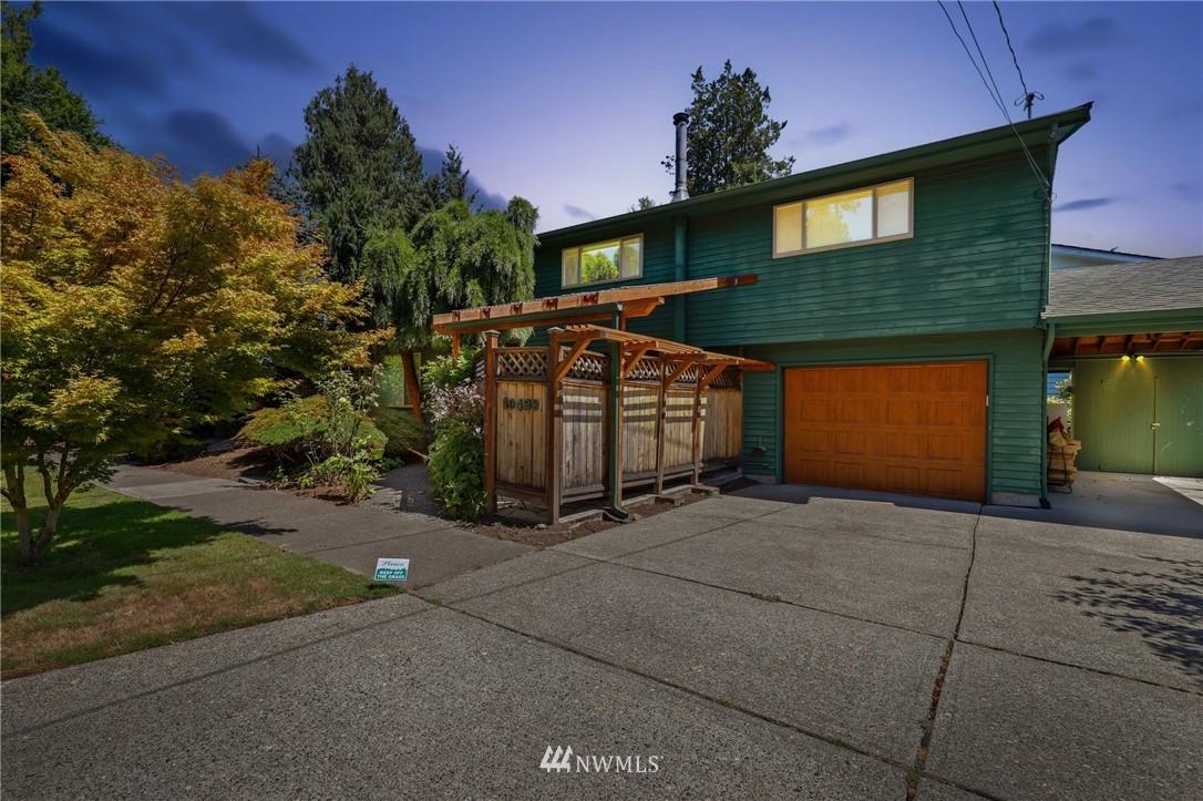 Sold Property | 10420 40th Avenue NE Seattle, WA 98125 32