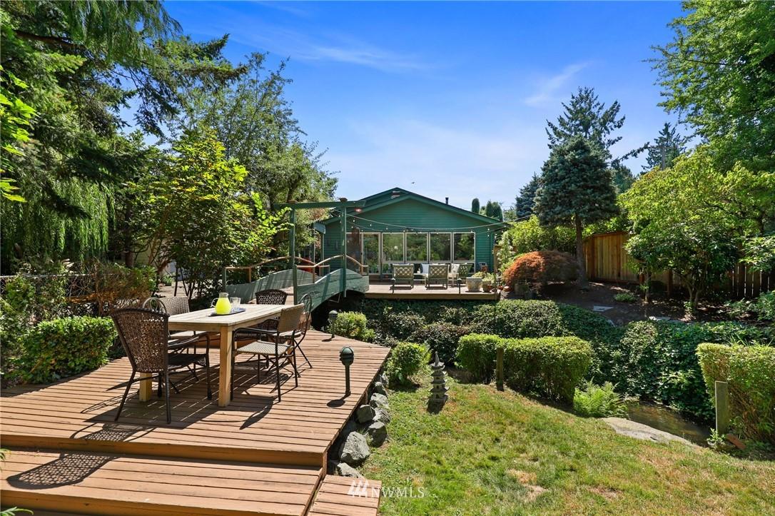 Sold Property | 10420 40th Avenue NE Seattle, WA 98125 0