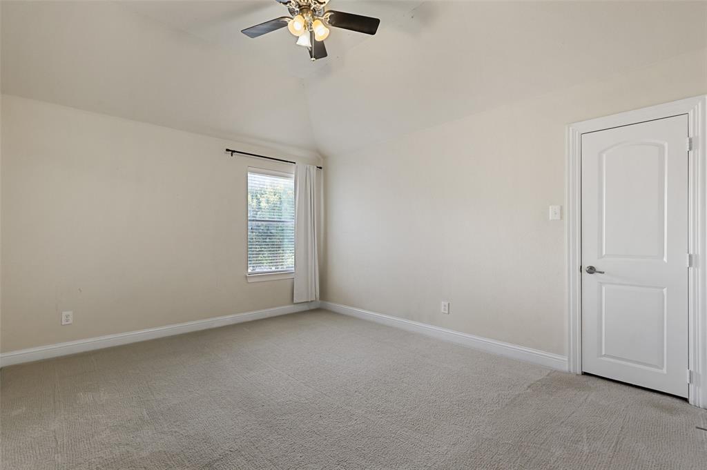 Pending   871 Wind Brook Lane Prosper, Texas 75078 34