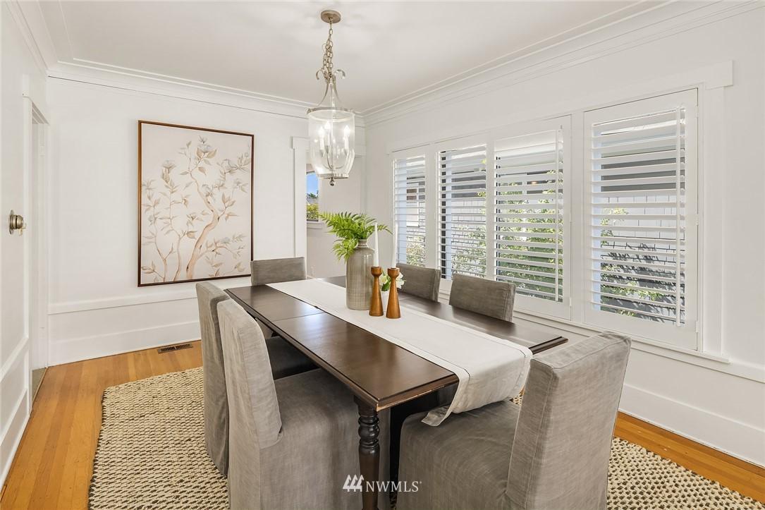 Sold Property   5215 Latona Avenue NE Seattle, WA 98105 6