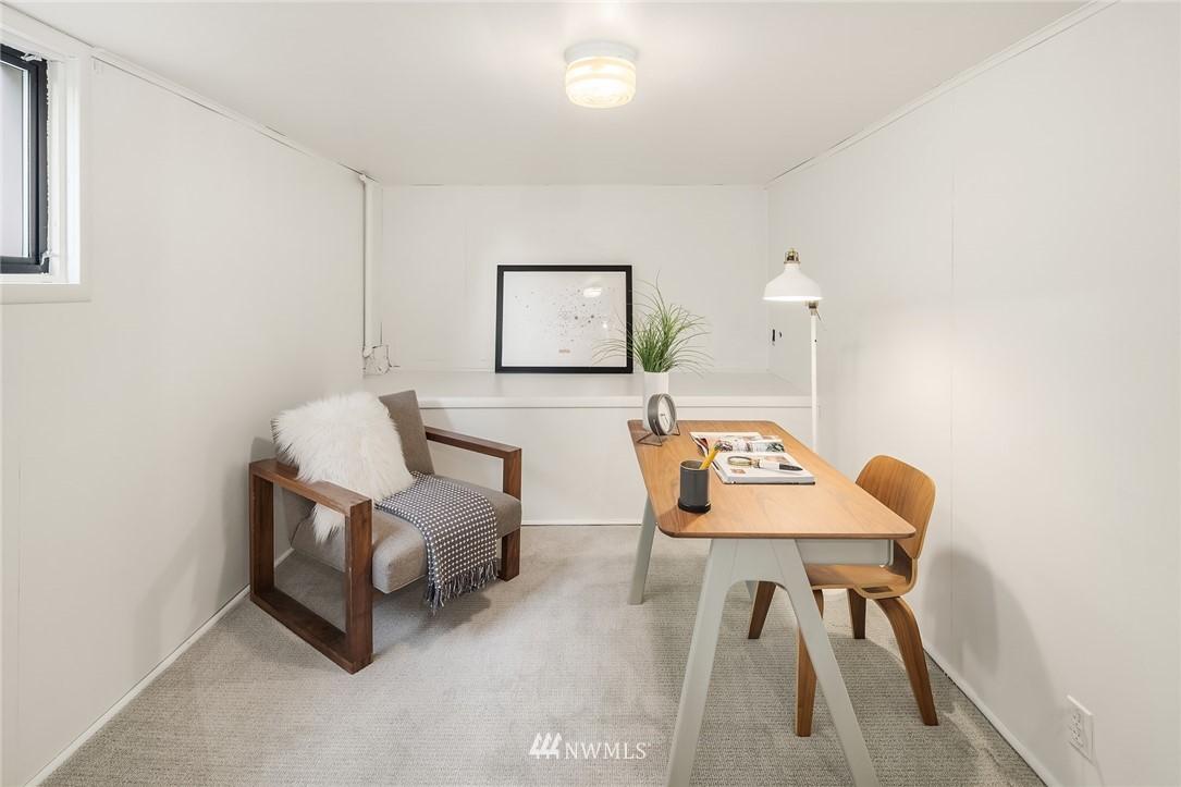Sold Property   5215 Latona Avenue NE Seattle, WA 98105 18