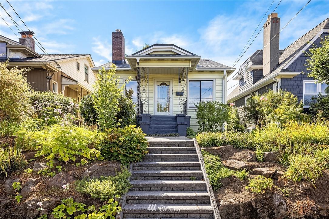 Sold Property   5215 Latona Avenue NE Seattle, WA 98105 0