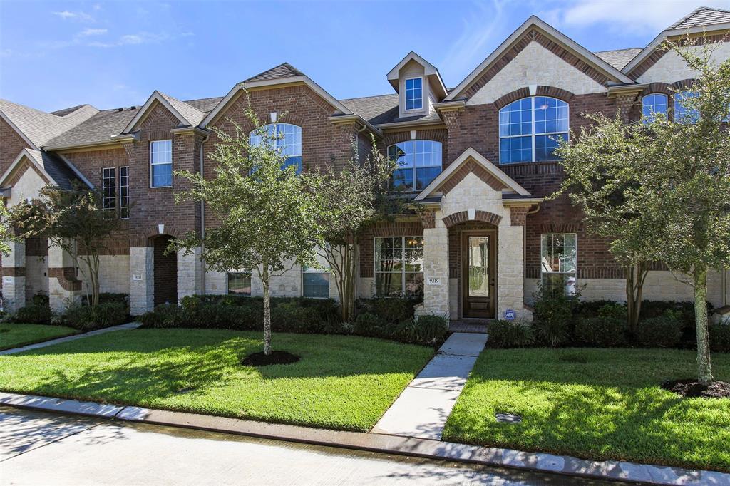 Off Market | 9219 Solvista Pass Lane Houston, Texas 77070 3