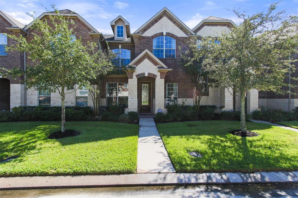Off Market | 9219 Solvista Pass Lane Houston, Texas 77070 4