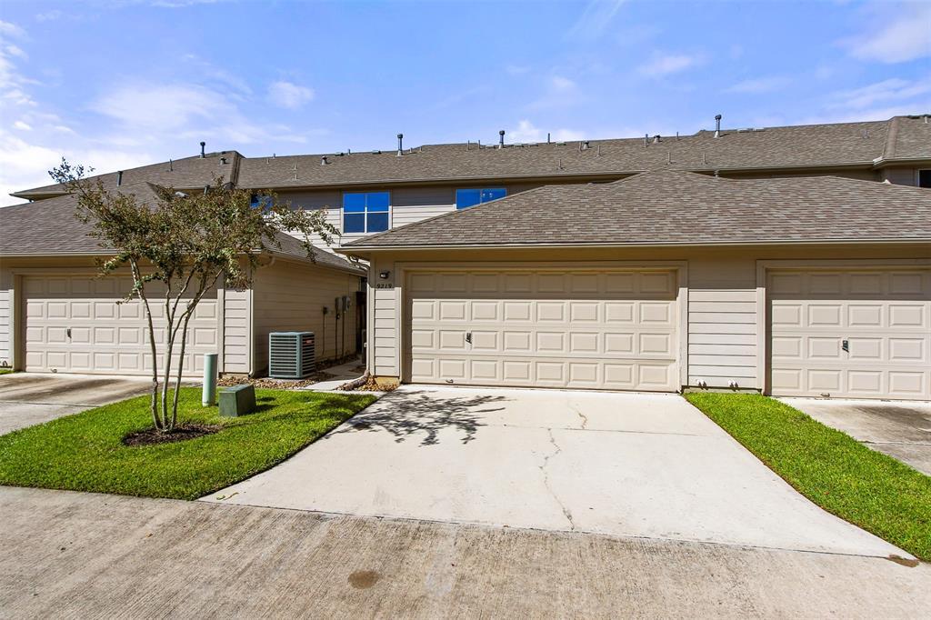 Off Market | 9219 Solvista Pass Lane Houston, Texas 77070 46