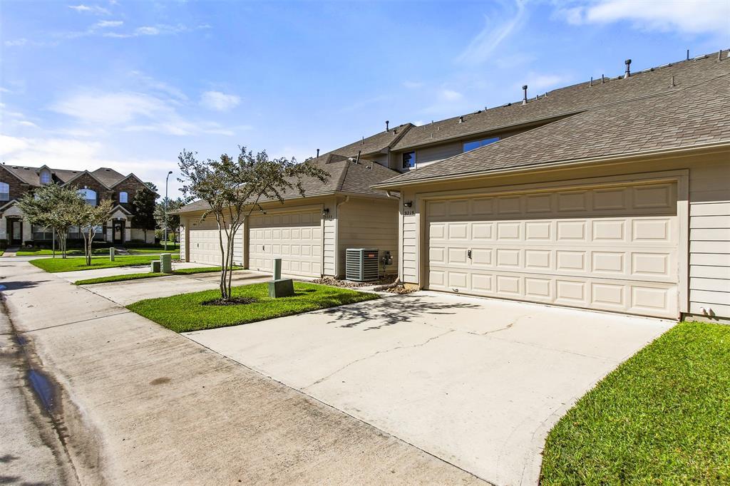Off Market | 9219 Solvista Pass Lane Houston, Texas 77070 47