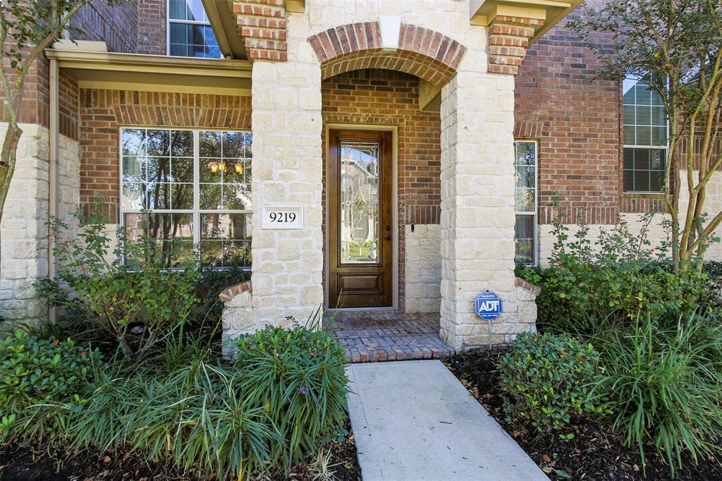 Off Market | 9219 Solvista Pass Lane Houston, Texas 77070 5
