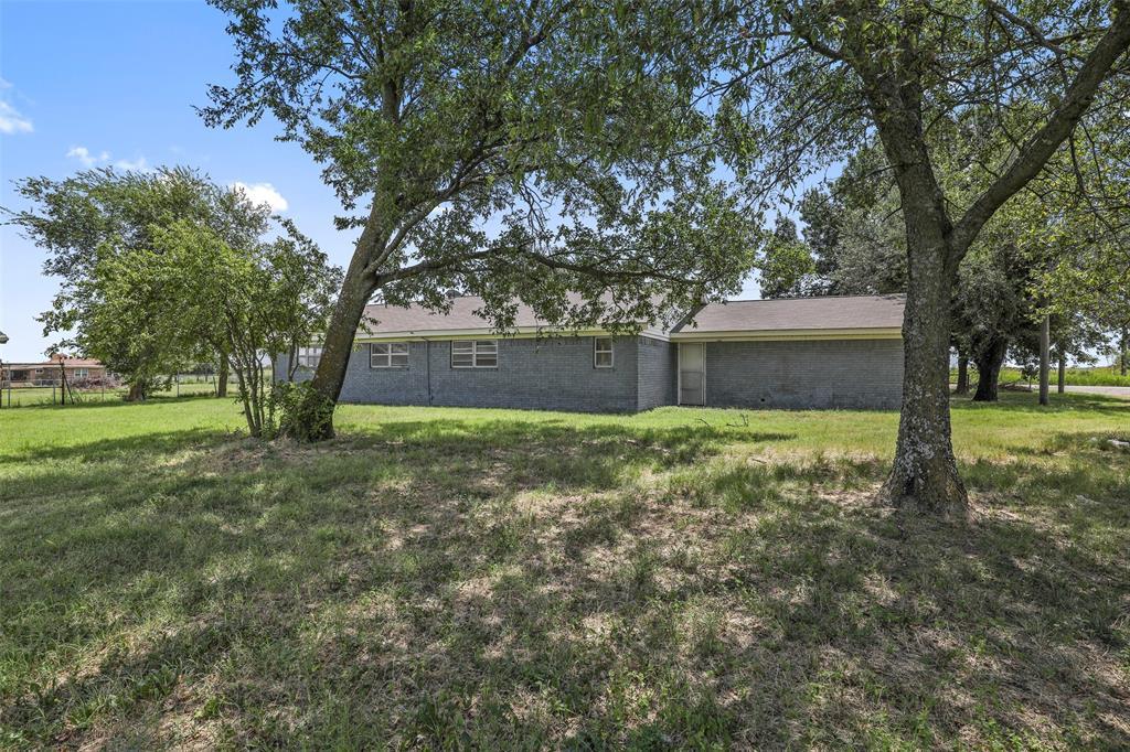 Pending   17304 Aa Bumgarner Road Justin, Texas 76247 6