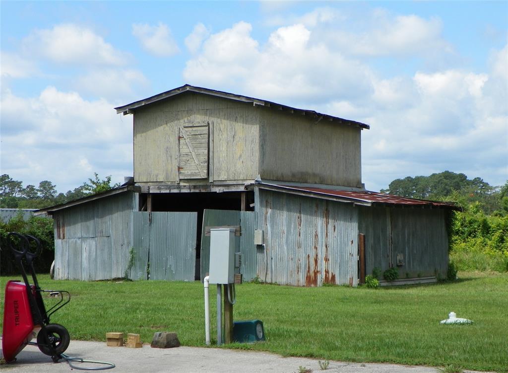 Active | 33203 Lois Lane Magnolia, Texas 77354 3