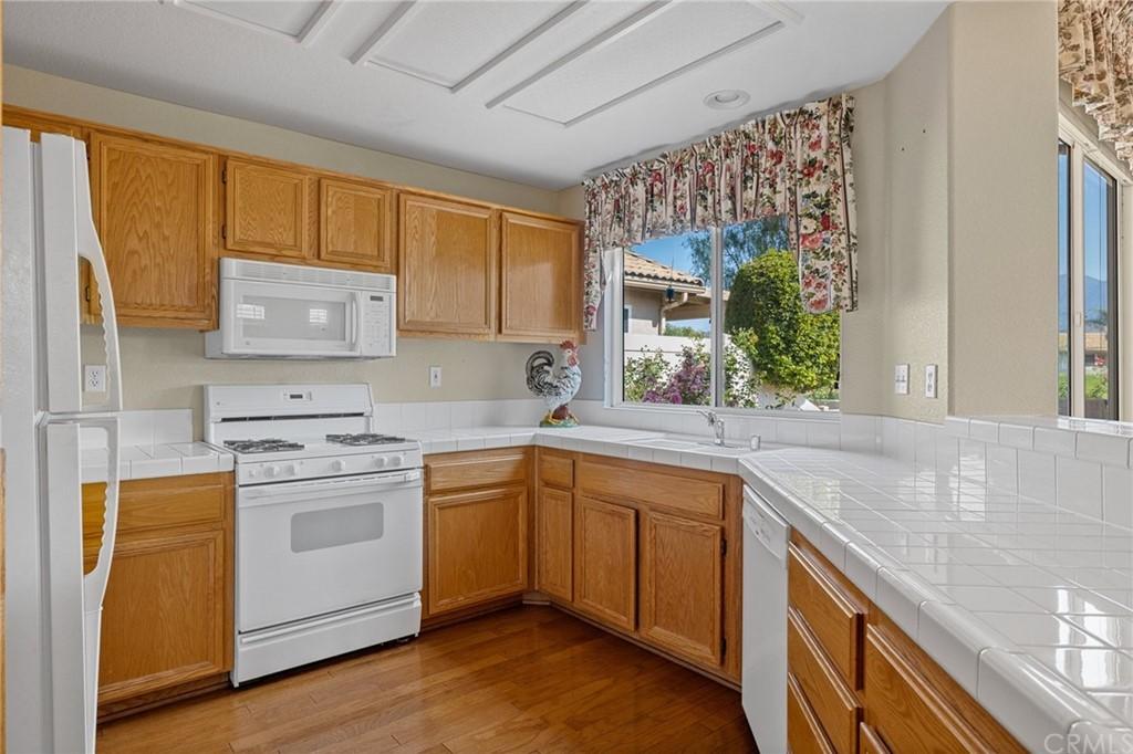 Pending | 4884 Oakhurst Avenue Banning, CA 92220 7