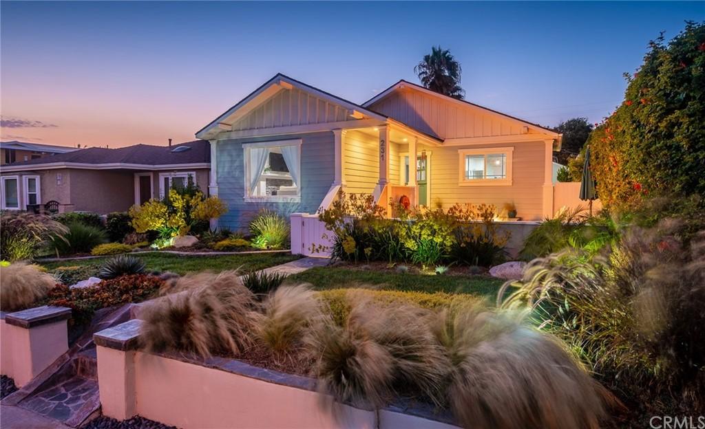 ActiveUnderContract | 231 Avenue D Redondo Beach, CA 90277 0