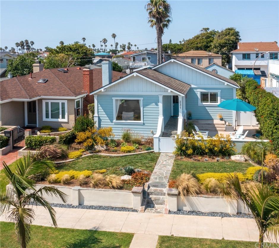 ActiveUnderContract | 231 Avenue D Redondo Beach, CA 90277 4