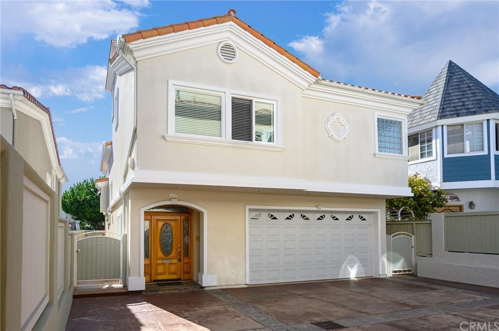 Active | 215 S Irena Avenue #B Redondo Beach, CA 90277 0