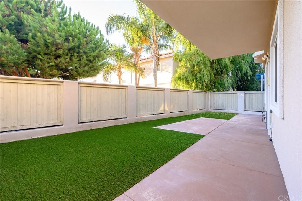 Active | 215 S Irena Avenue #B Redondo Beach, CA 90277 7