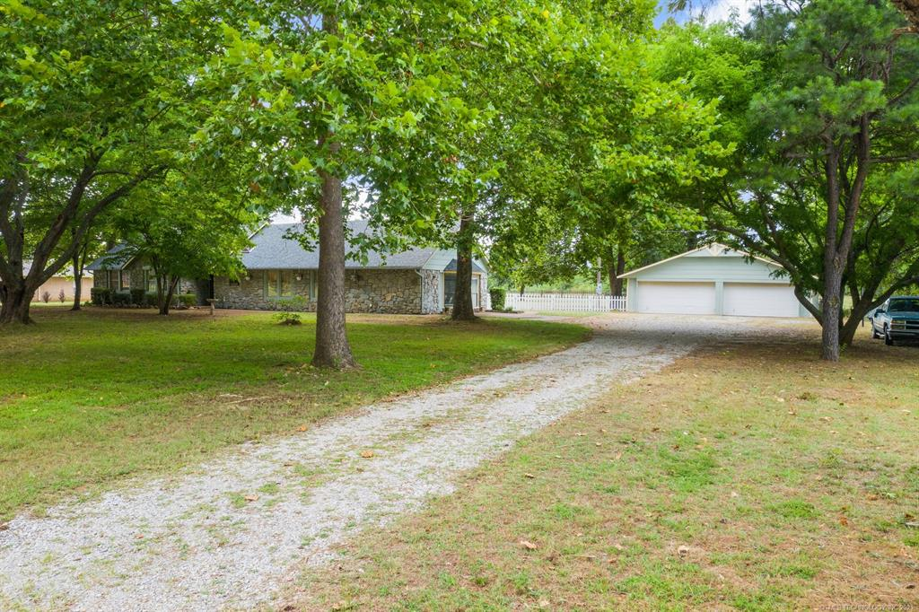 Active | 15837 E Pony Lake Drive Claremore, Oklahoma 74019 1
