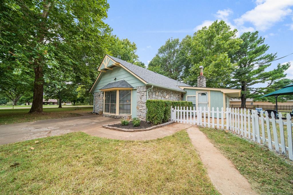 Active | 15837 E Pony Lake Drive Claremore, Oklahoma 74019 20