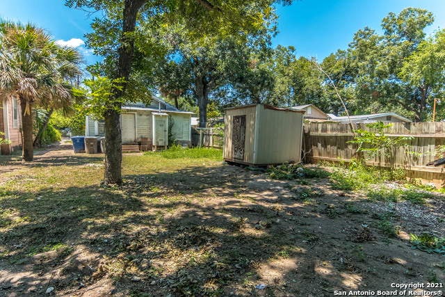 Active Option | 2014 S SAN JACINTO ST San Antonio, TX 78207 16