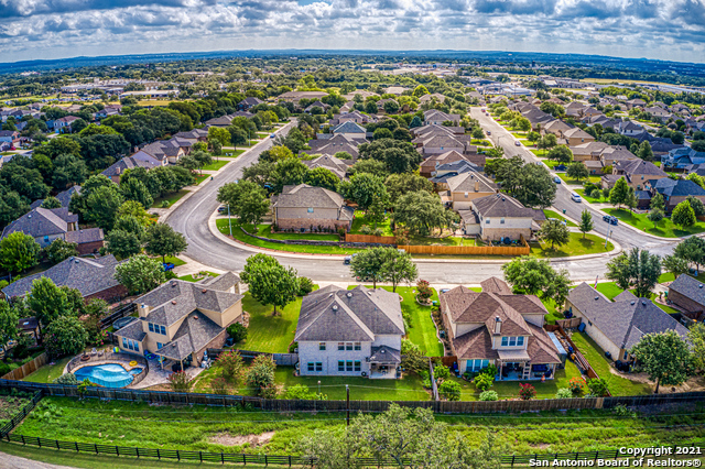 Off Market   205 Winding Path Boerne, TX 78006 34
