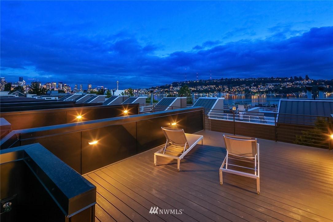Sold Property   2366 Franklin Avenue E #A Seattle, WA 98102 21