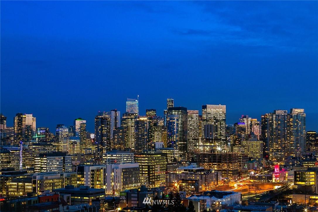 Sold Property   2366 Franklin Avenue E #A Seattle, WA 98102 20