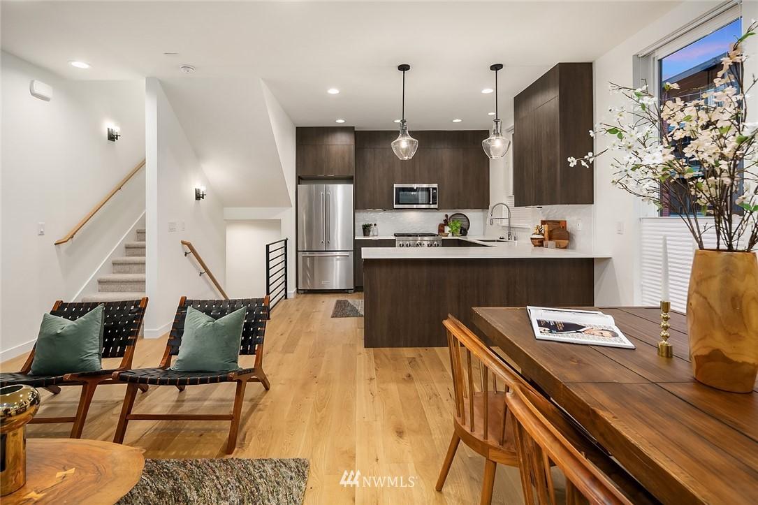 Sold Property   2366 Franklin Avenue E #A Seattle, WA 98102 6