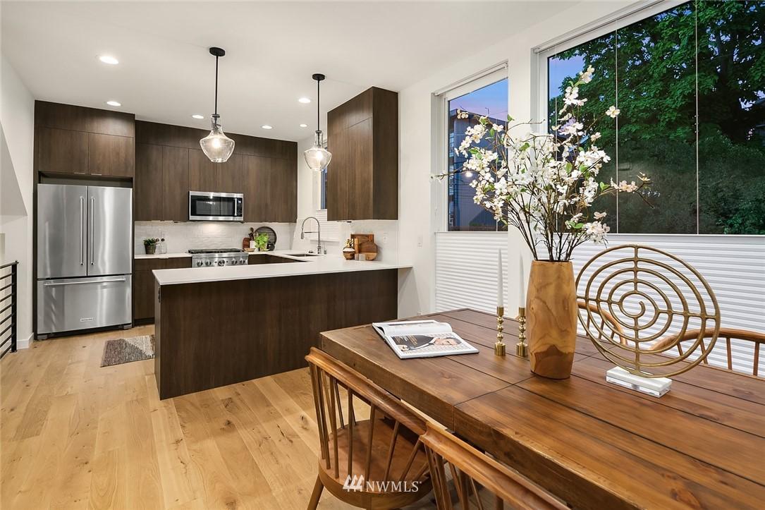 Sold Property   2366 Franklin Avenue E #A Seattle, WA 98102 7