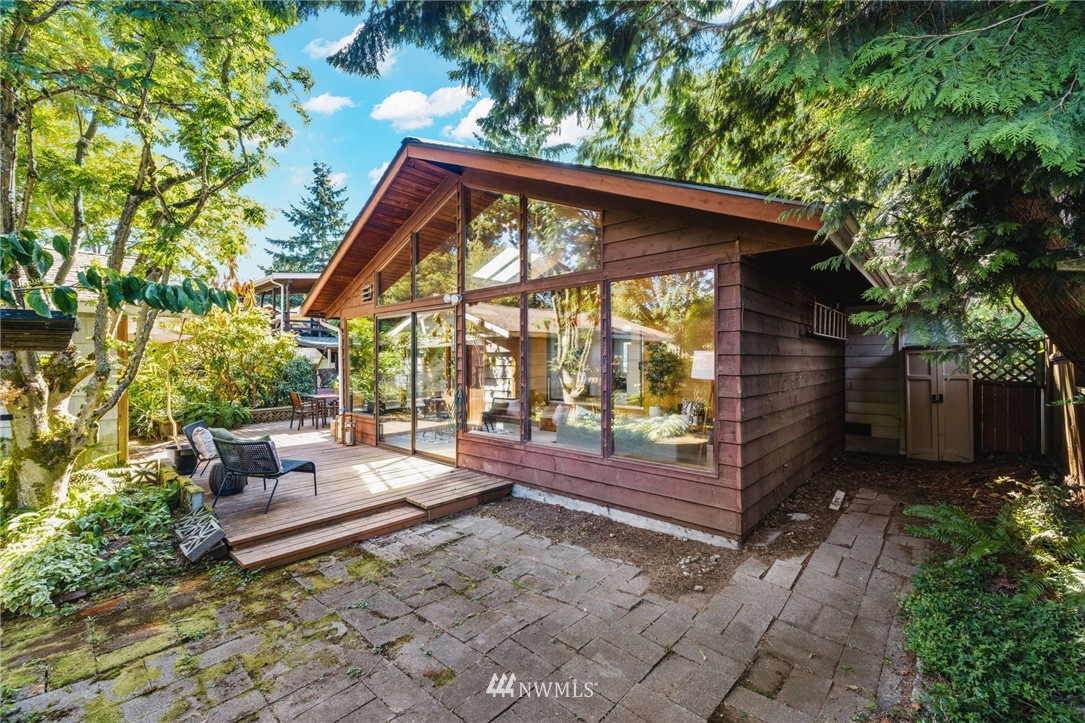 Sold Property | 8430 12th Ave SW Seattle, WA 98106 20