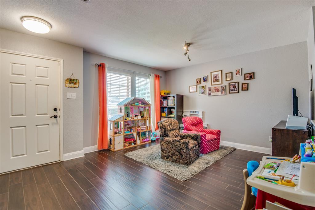 Sold Property | 1317 Cardinal Way Aubrey, Texas 76227 11
