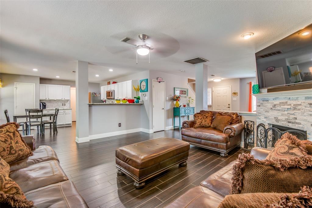 Sold Property | 1317 Cardinal Way Aubrey, Texas 76227 5