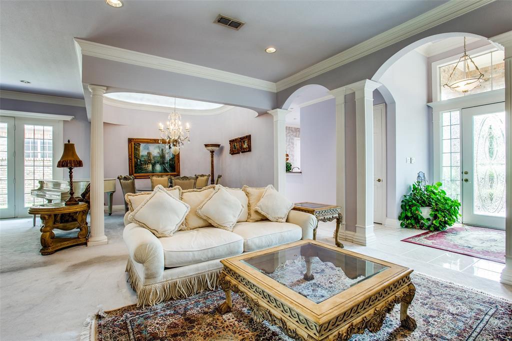 Active | 1001 Villa Drive Fort Worth, Texas 76120 4