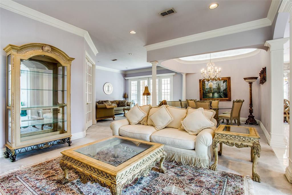 Active | 1001 Villa Drive Fort Worth, Texas 76120 5