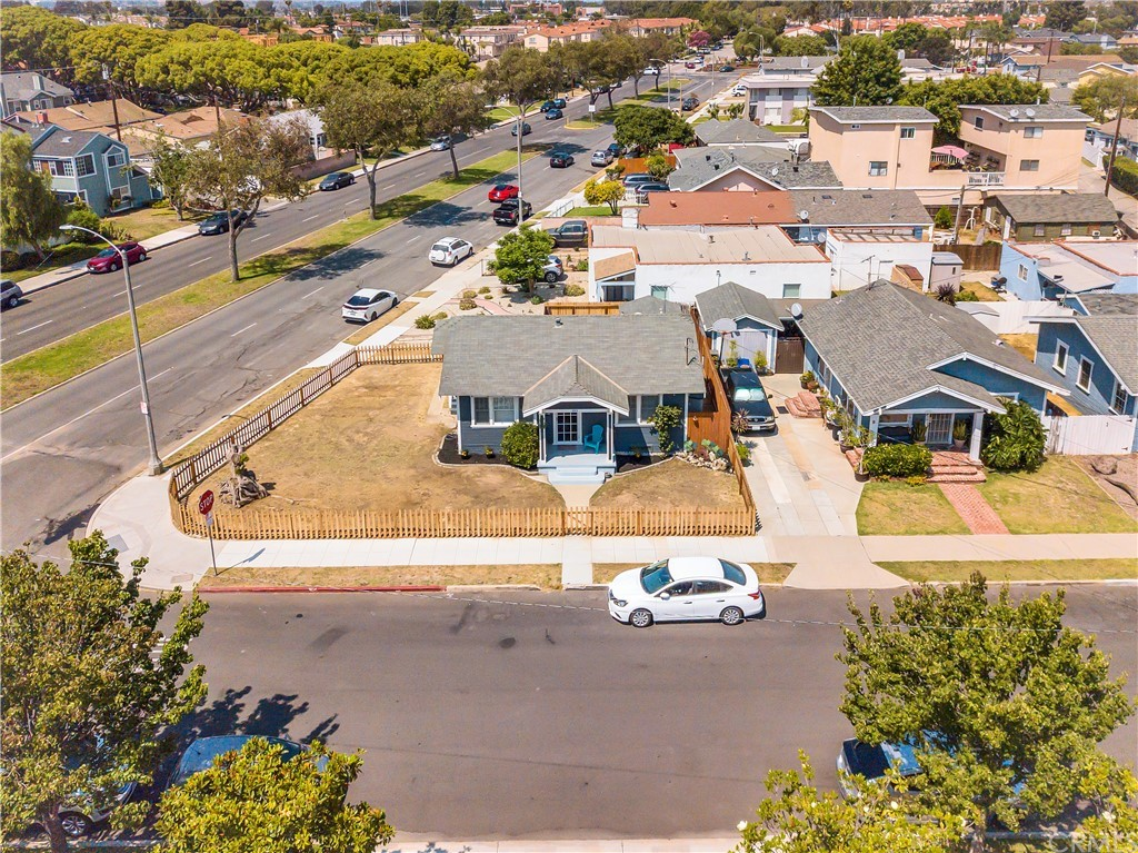 Active   2313 Andreo Avenue Torrance, CA 90501 8