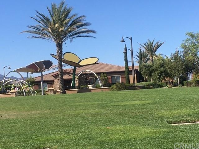 Active | 16751 Olive Tree Lane Fontana, CA 92336 42