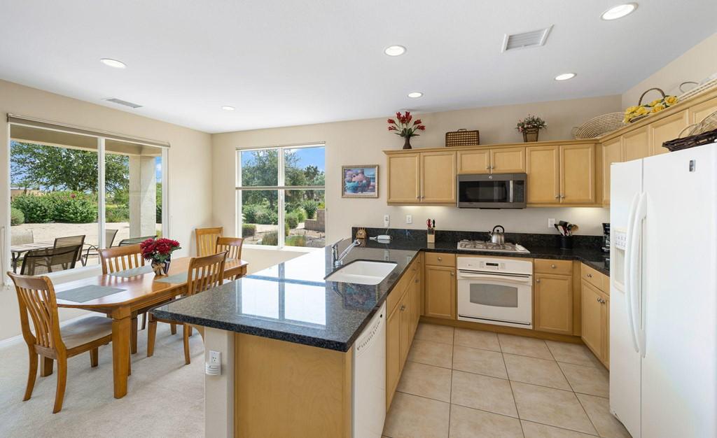 ActiveUnderContract | 61000 Living Stone Drive La Quinta, CA 92253 13