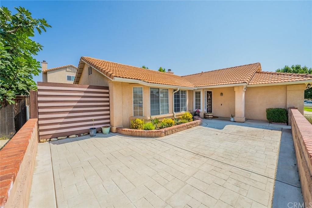 Pending | 2654 W Sunrise Drive Rialto, CA 92377 5