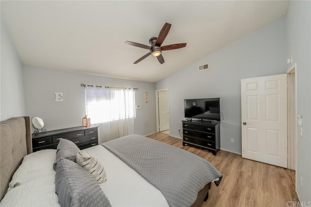 Pending | 2654 W Sunrise Drive Rialto, CA 92377 28