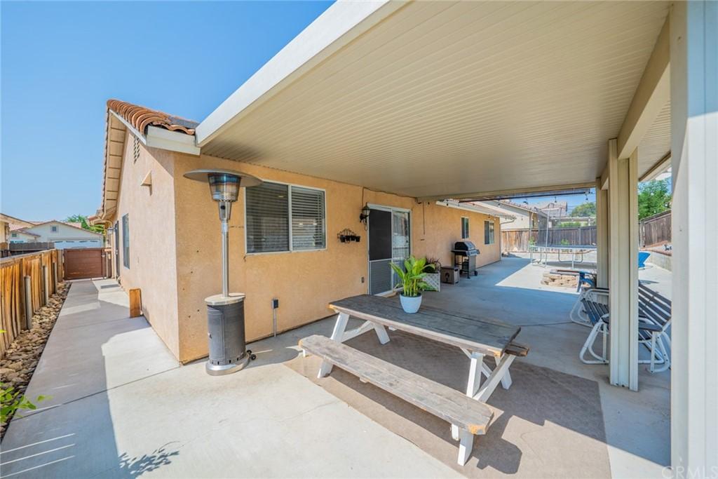 Pending | 2654 W Sunrise Drive Rialto, CA 92377 37