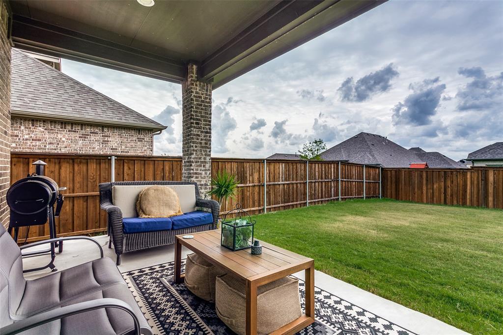Pending   10313 Morada Road Fort Worth, Texas 76126 25