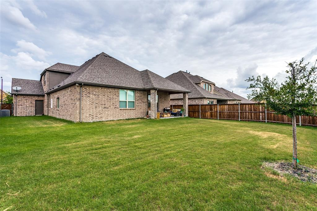 Pending   10313 Morada Road Fort Worth, Texas 76126 27