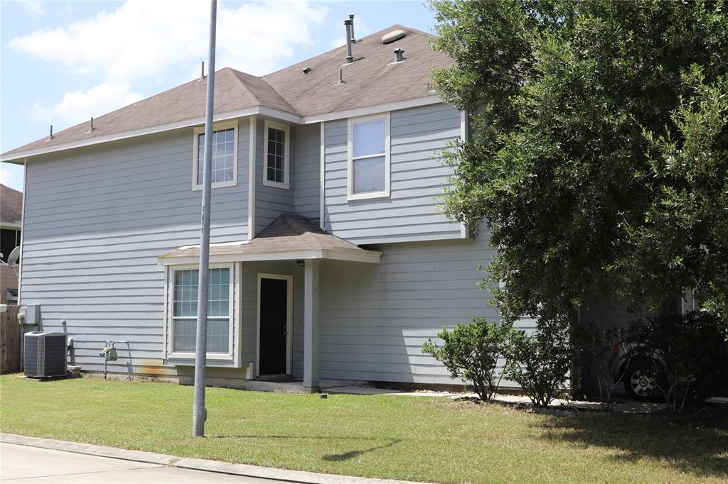 Pending   14442 Mooreview Lane Houston, Texas 77014 1