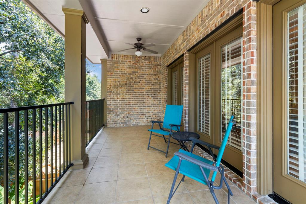 Active   95 S Knights Crossing Drive The Woodlands, Texas 77382 24
