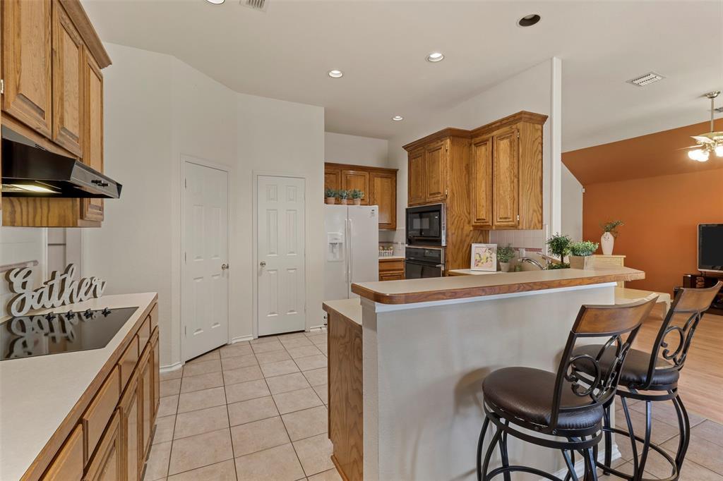 Pending | 560 Cooper Street Grand Prairie, Texas 75052 13