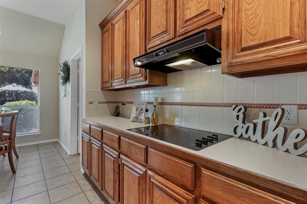 Pending | 560 Cooper Street Grand Prairie, Texas 75052 14