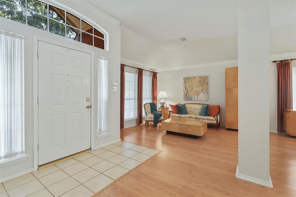 Pending | 560 Cooper Street Grand Prairie, Texas 75052 3