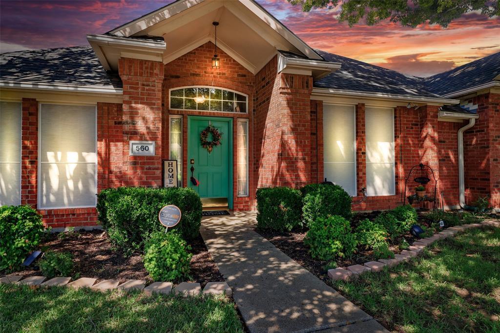 Pending | 560 Cooper Street Grand Prairie, Texas 75052 30