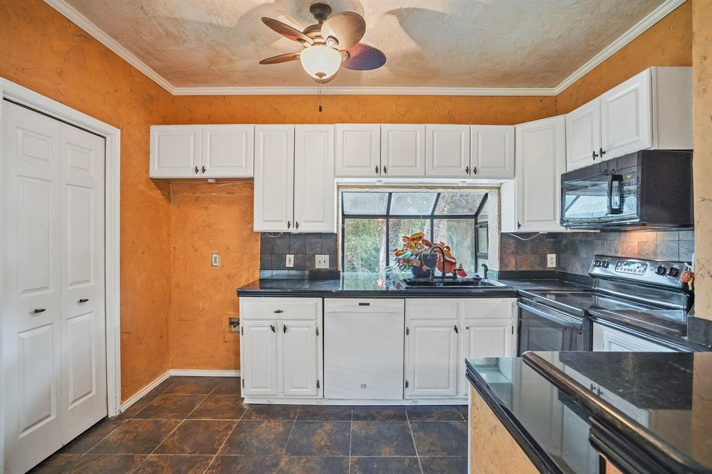 Sold Property   4522 Forestgate Circle Arlington, Texas 76017 15