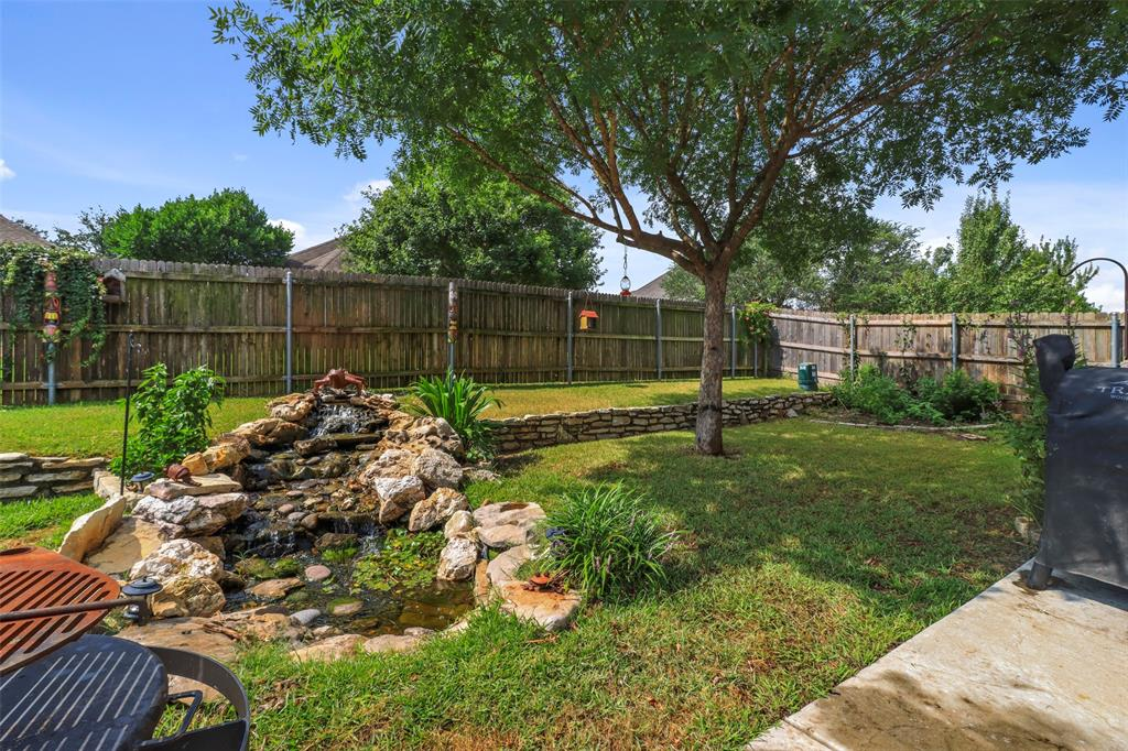 Pending | 118 Indian Paint Drive Justin, Texas 76247 9